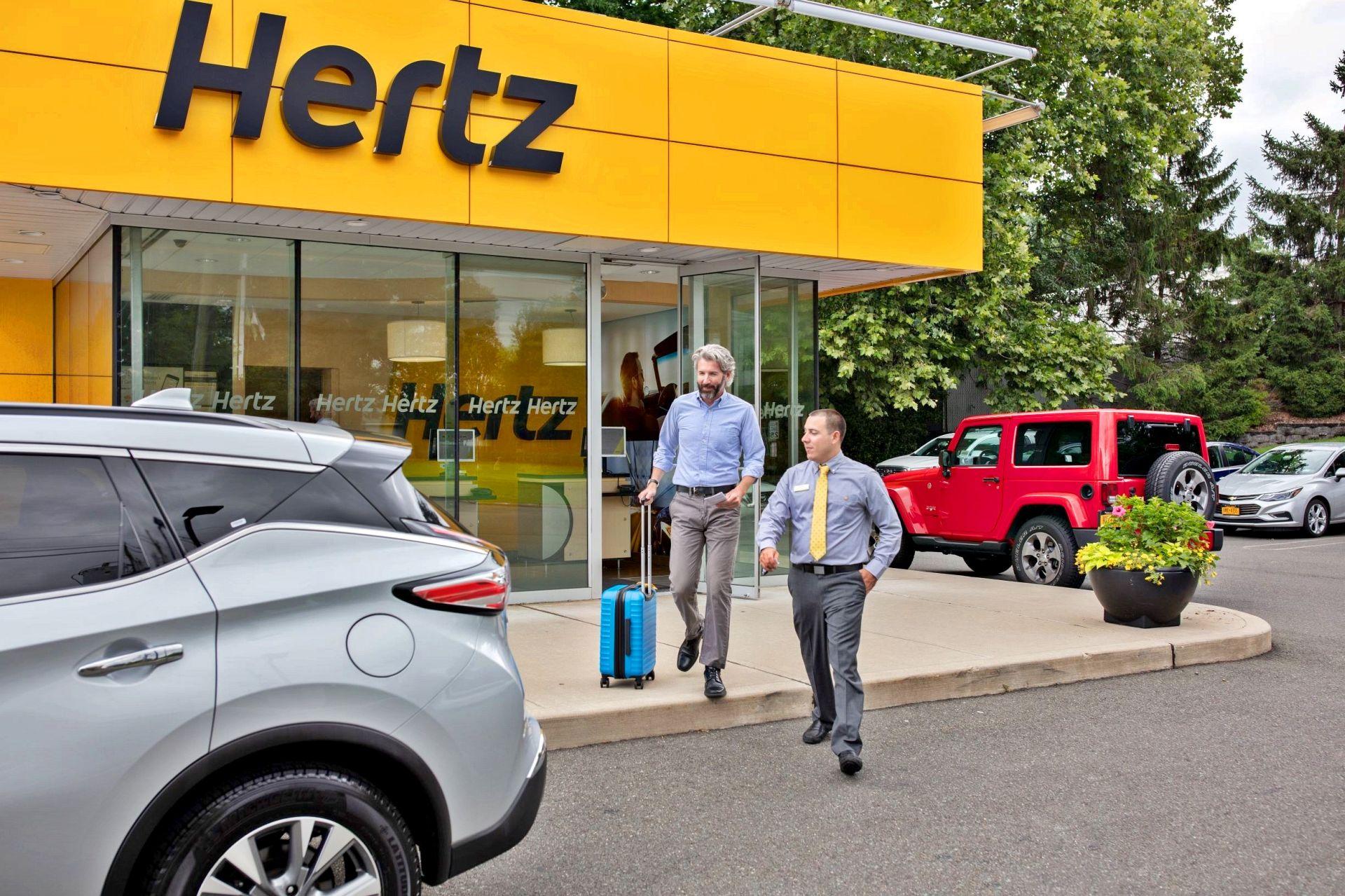 Best car rental apps on the market: Hertz